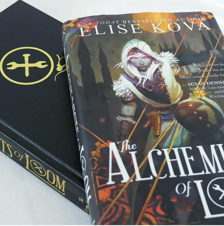 REVIEW: The Alchemists of Loom (Loom Saga #1) by EliseKova