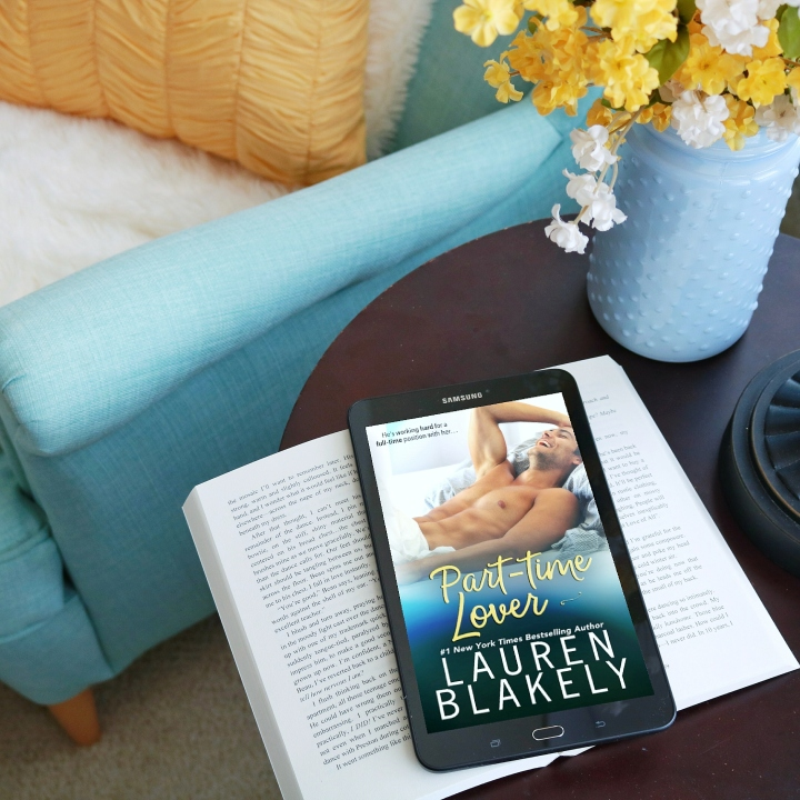 RELEASE DAY LAUNCH (REVIEW + EXCERPT + GIVEAWAY):  PART-TIME LOVER BY LAUREN BLAKELY